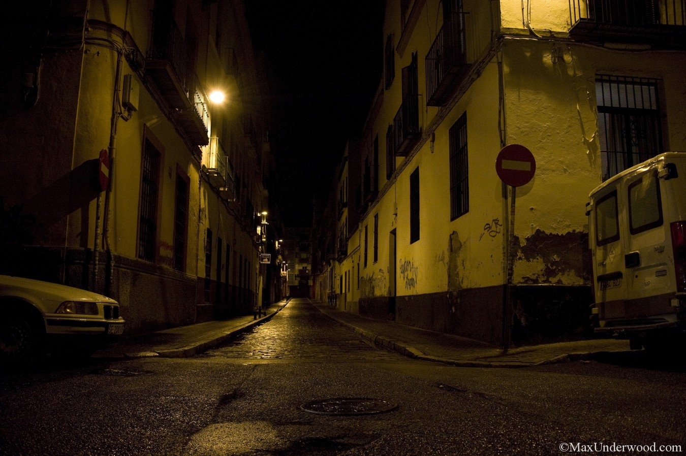 Callejon de Valencia, Spain, Valencia streets at night, Cityscapes